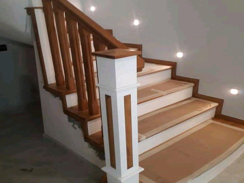 Konyaaltı Ahşap Merdiven